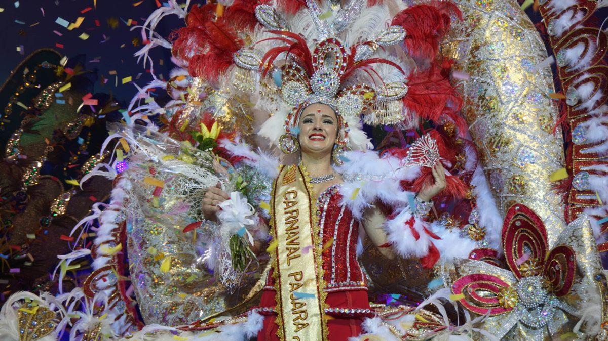 María Teresa Viera González se convierte en la Reina del Carnaval de Pájara 2018
