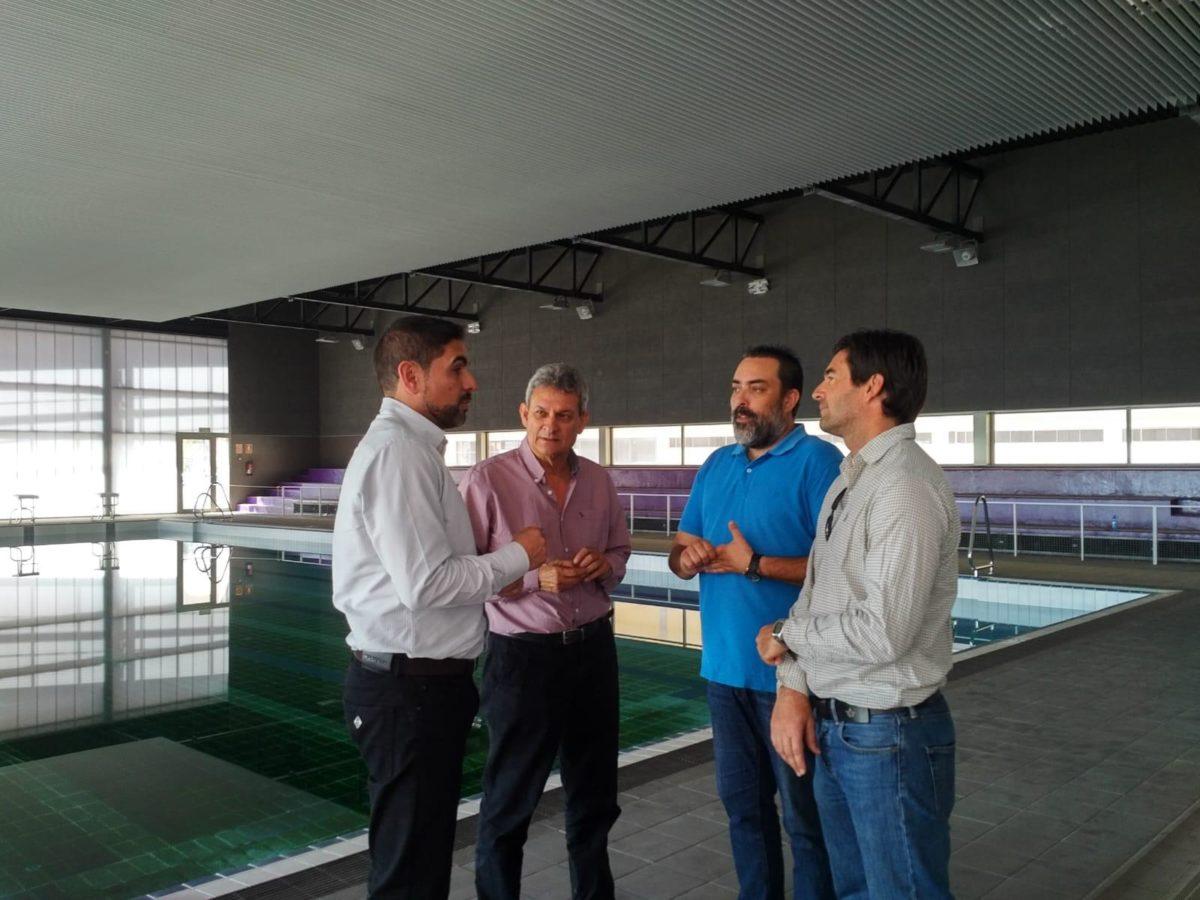 El Ayuntamiento de Pájara hace entrega de las instalaciones de la Piscina Municipal de Morro Jable a la empresa CEDAGA II para su puesta en funcionamiento