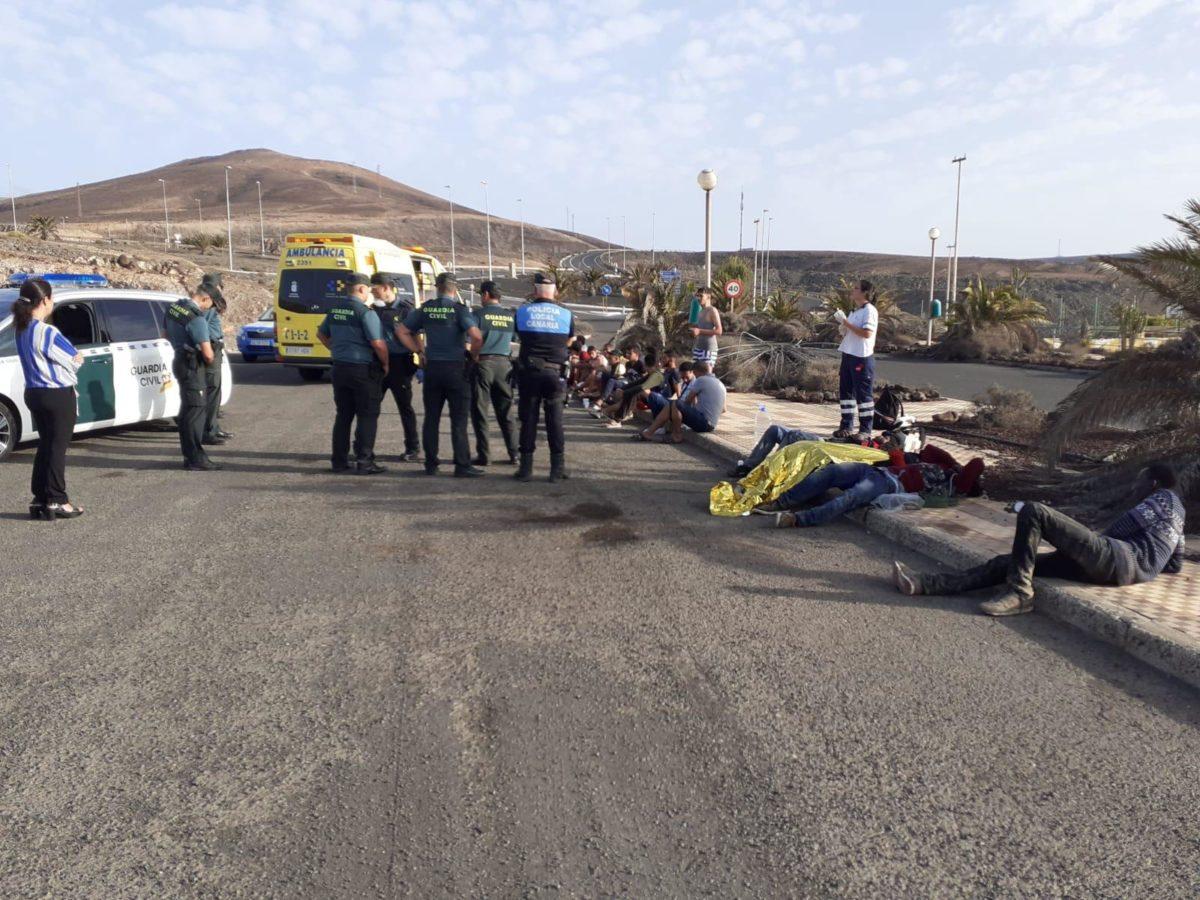 La Policía Local de Pájara colabora en la búsqueda de los migrantes llegados hoy en patera
