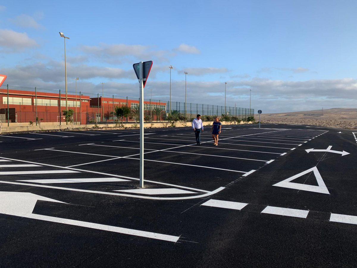 Pájara finaliza las obras del aparcamiento del colegio de Costa Calma