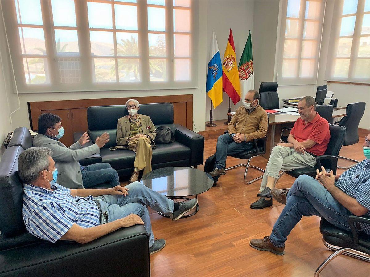 Pepe Dámaso visita las obras del futuro Espacio de las Artes en Pájara