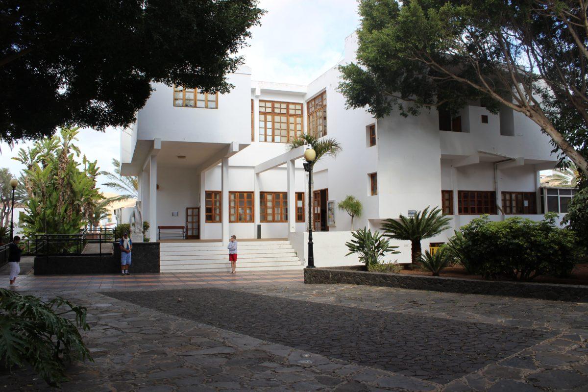 El Ayuntamiento de Pájara realizará obras para dotar de servicios mínimos a la urbanización de La Pared