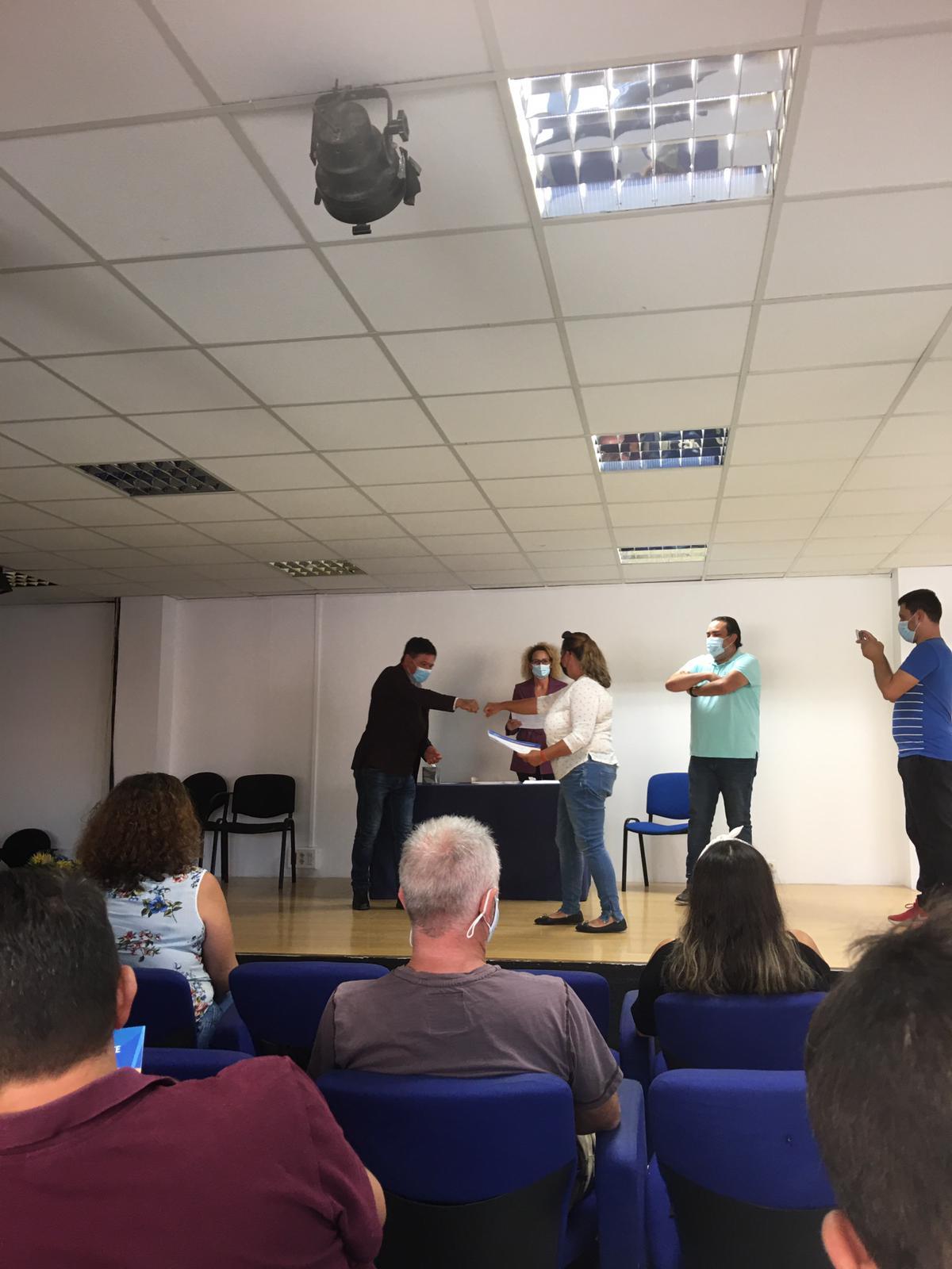 Pájara entrega los diplomas a los alumnos del curso de monitor deportivo de ocio y tiempo libre