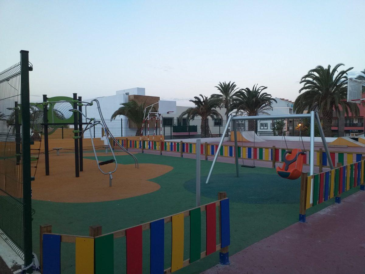 Pájara concluye las obras del parque infantil de La Lajita