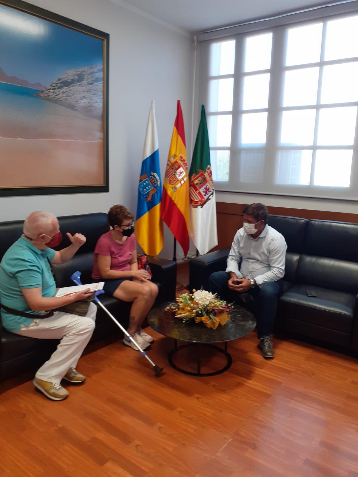 Reunión con la Asociación de Esclerosis Múltiple Las Palmas